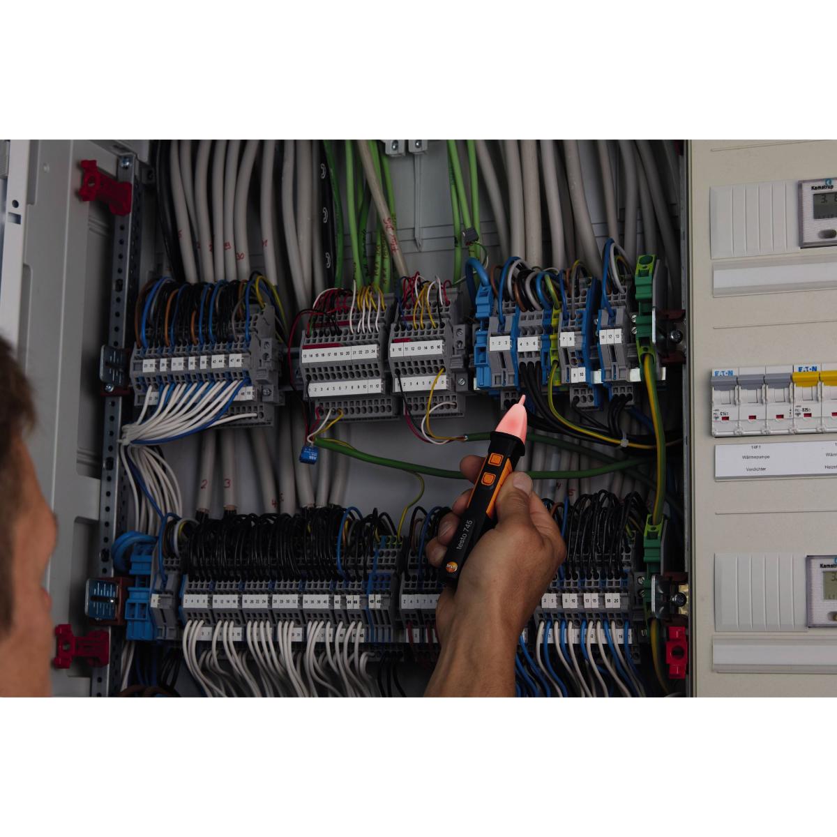 testo Malaysia 745 | Non-Contact Voltage Tester